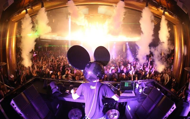 Surrender Nightclub Las Vegas behind DJ booth view.