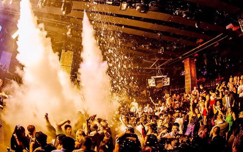Tao Nightclub Las Vegas main room side view.